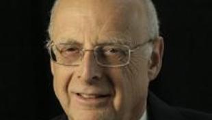 Dr. Steven Windmueller