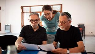 Rabbi Dr. Alona Lisitsa teaching in Buenos Aires